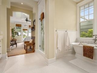 Keauhou Project Bathroom_2